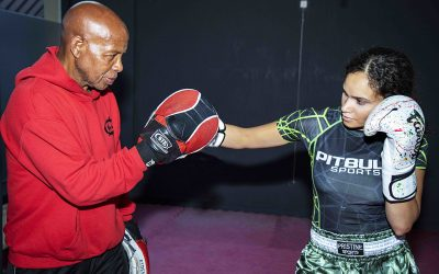 Dutch Kickboxing Combinations with Lucien Carbin